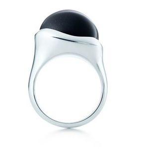 Tiffany & Co.  ELSA PERETTI® Cabochon Ring
